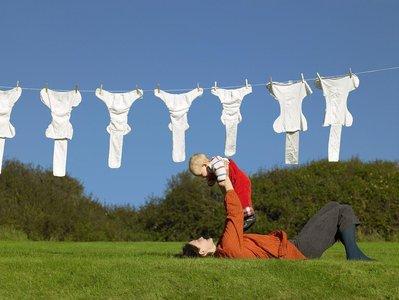 太阳能衣服 钙钛矿增加了纤维充电的潜力