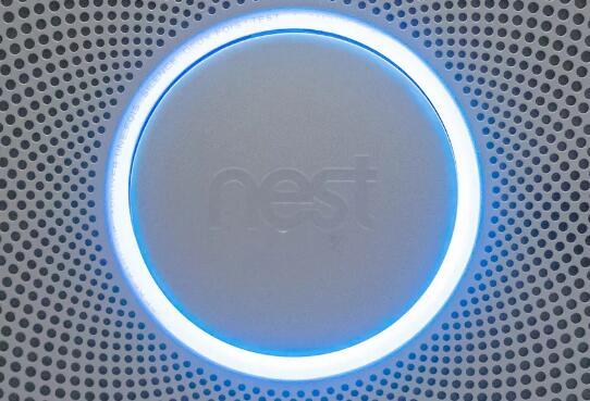 您无需再爬梯子即可更改Nest烟雾探测器的Wi-Fi
