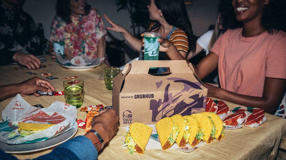 交付Taco Bell派对包是满足整个团队渴望的最简单的方式