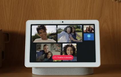 谷歌的NestHub和NestHubMax现在可以用西班牙语显示视觉响应和UI
